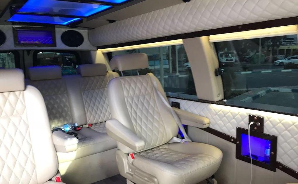 הסעות ברכב VIP